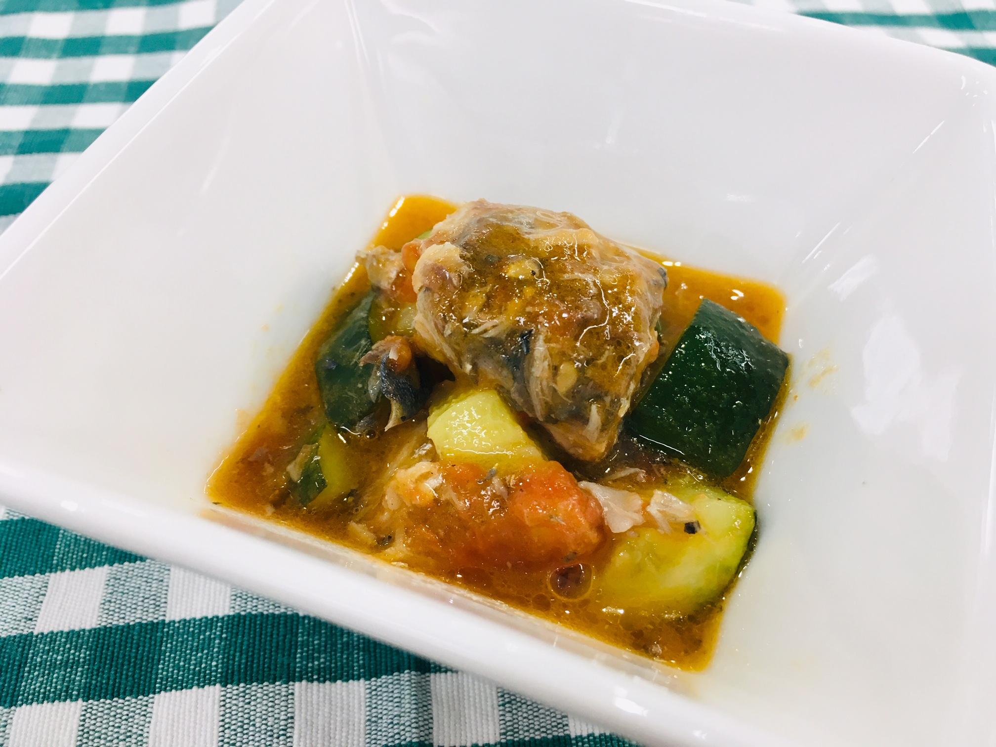 鯖缶のうまトマ煮