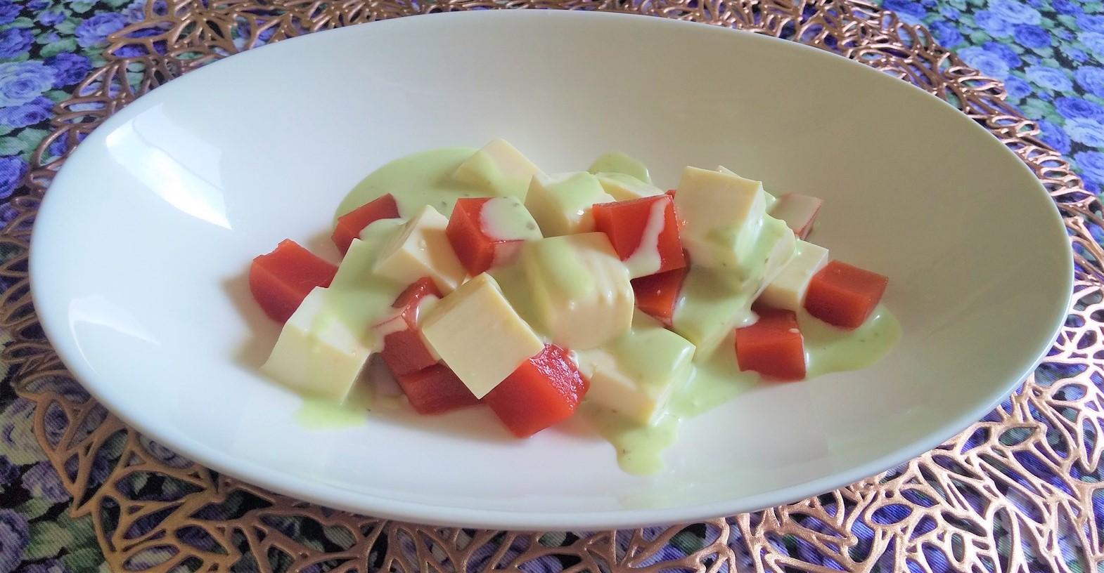 トマトゼリーと豆腐のコロコロサラダ