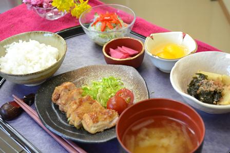 食事①.png